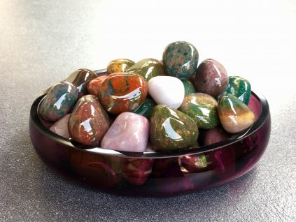 tromly z minerálů, achát pestrý troml