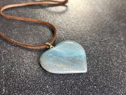 přívěsky z minerálů, opál přívěsek srdce