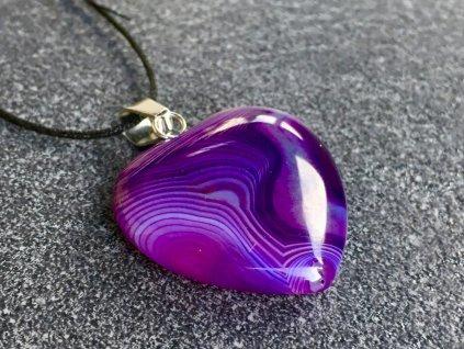 přívěsky z minerálů, achát fialový přívěsek srdce