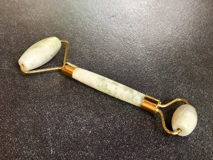 masážní váleček jadeit