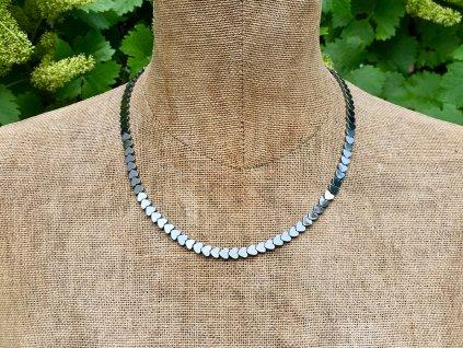 náhrdelníky z minerálů, hematit náhrdelník srdce, srdíčko