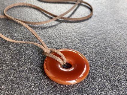 donuty z minerálů, karneol donut