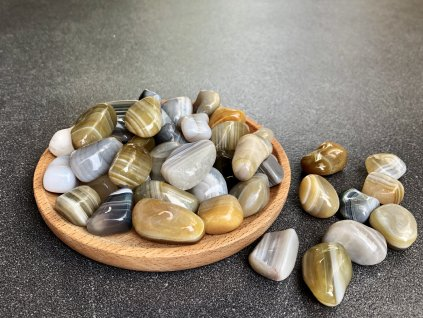 tromly z minerálů, achát přírodní troml