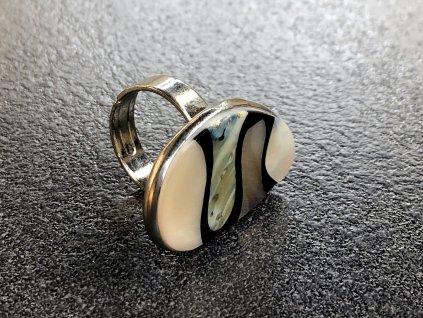 perleť prsten, prsteny z minerálů