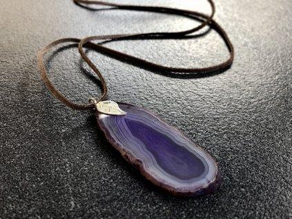 přívěsky z minerálů, achátový plátek fialový přívěsek