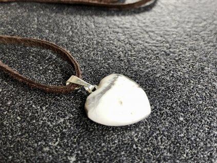 přívěsky z minerálů, magnezit přívěsek srdce