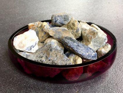surové minerály, sodalit surový