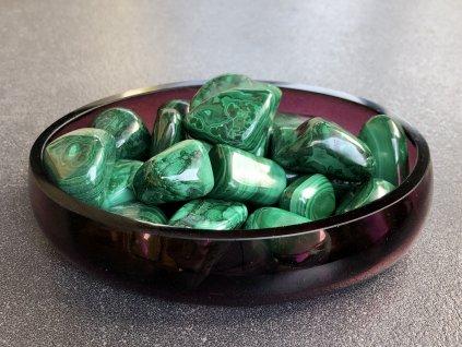 tromly z minerálů, malachit troml