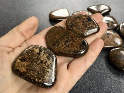 bronzit placička