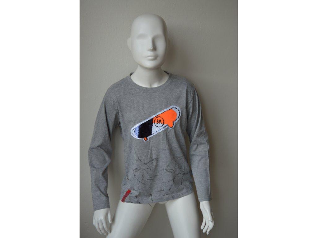 Chlapecké triko Kugo s měnícím se obrázkem skateboardu