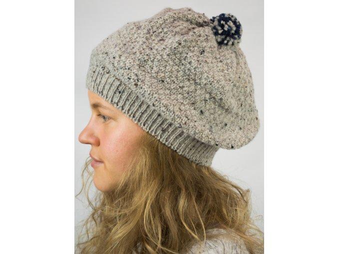 Dámská čepice baretového typu
