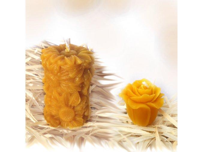 Sada svíček ze včelího vosku – květiny - válec + malá růžička