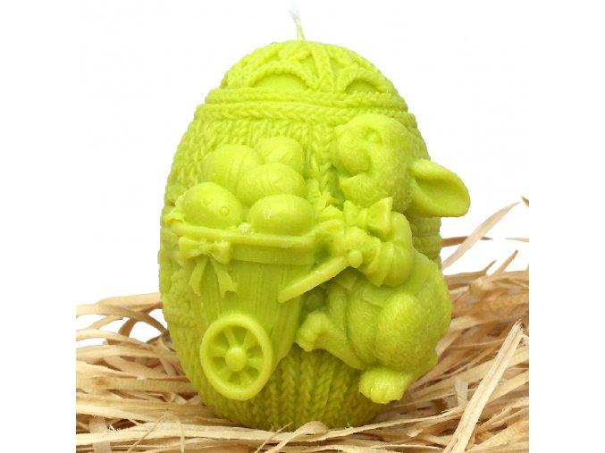 Svíčka s reliéfem - zajíček na vajíčku s trakařem 8 cm zelený