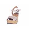 Trendové páskové sandále na klínku od švédské značky Ten Points TP 475001 202 (Velikost 41, barva 202 sv.šedá)