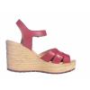 Trendové páskové sandále na klínku od švédské značky Ten Points TP 475001 801 (Velikost 41, barva 801 červená)