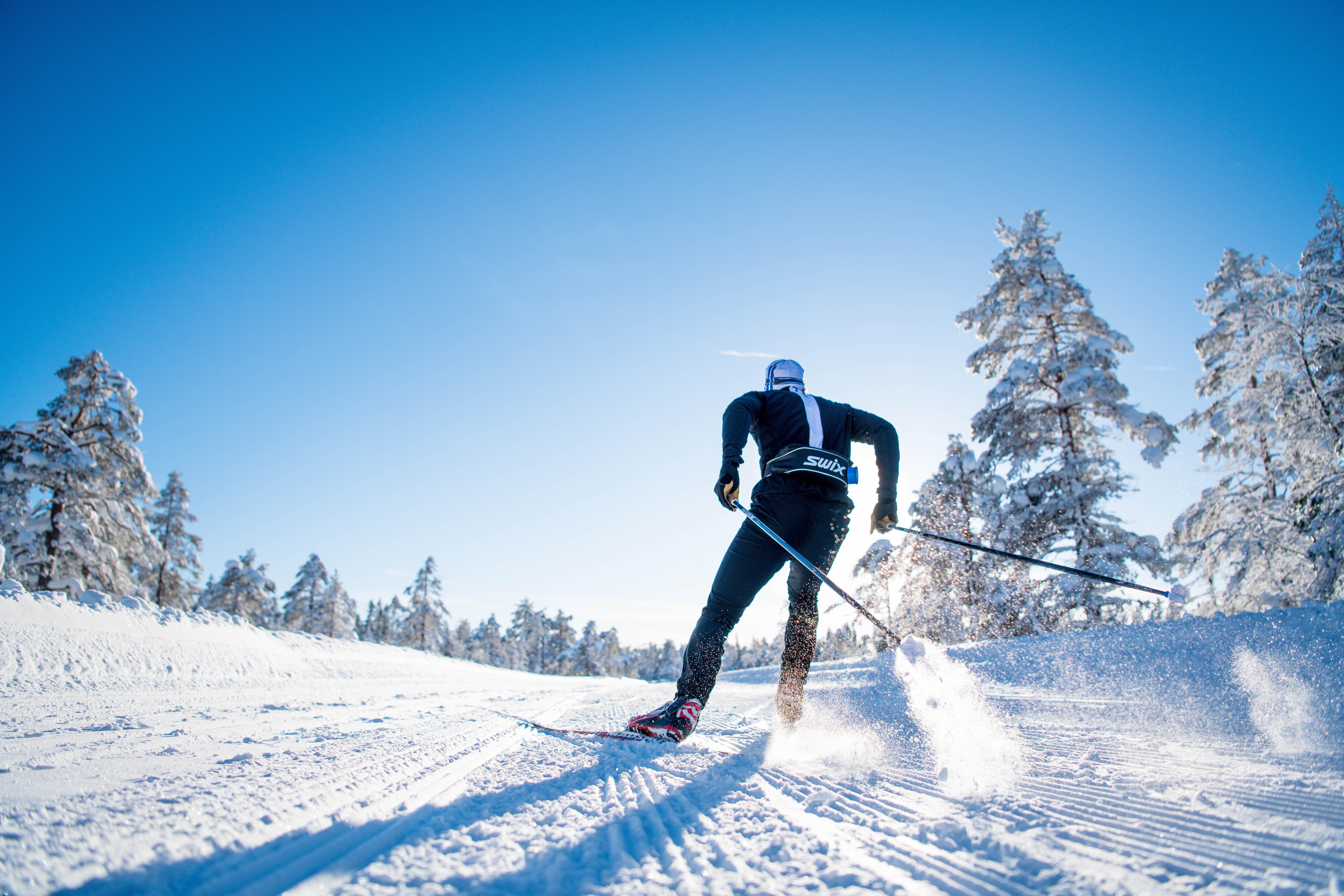 Jak se obléknout na běžky: Hlavně se nepřehřát!