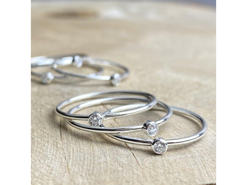 stříbrný prstýnek se zirkonem
