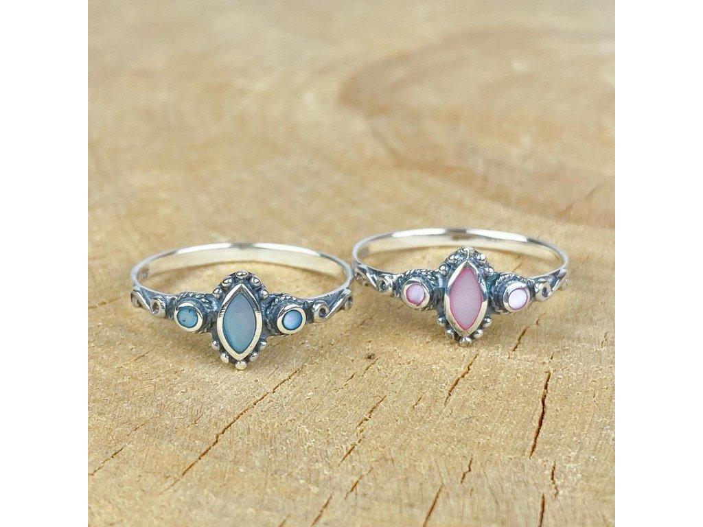 stříbrný prstýnek s perletí