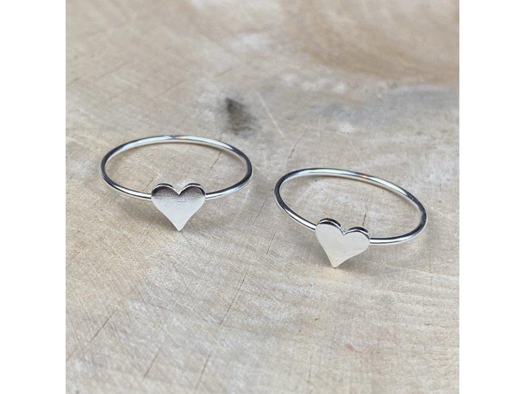 Stříbrný prstýnek Heart III  Ag 925/1000