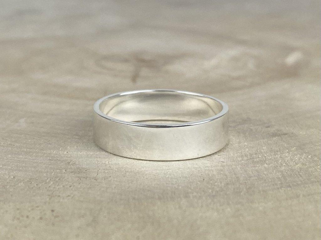 Stříbrný prsten pro muže hladký matný 6 mm  Ag 925/1000