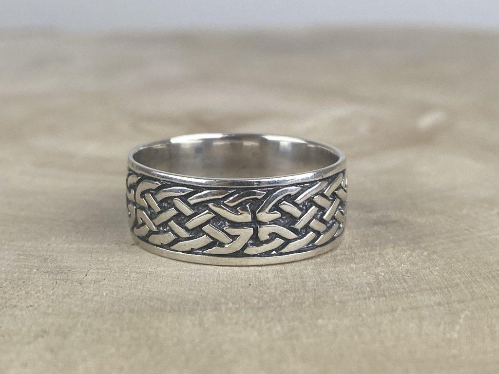 Stříbrný prsten pro muže Celtic III oxidovaný 8 mm  Ag 925/1000