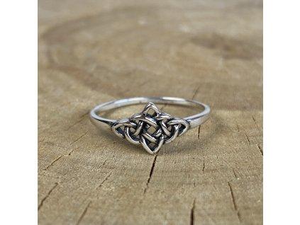 Stříbrný prstýnek Celtic (Velikost 8/57)