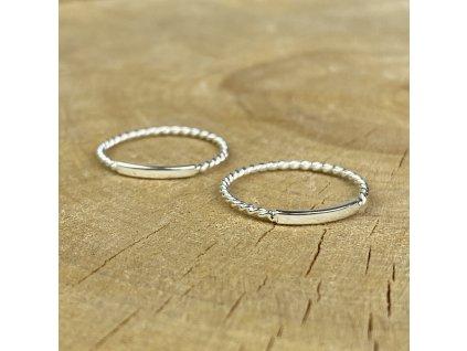 Stříbrný prstýnek Twisted (Velikost 9/60)