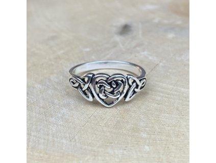 Stříbrný prstýnek Celtic Heart  Ag 925/1000