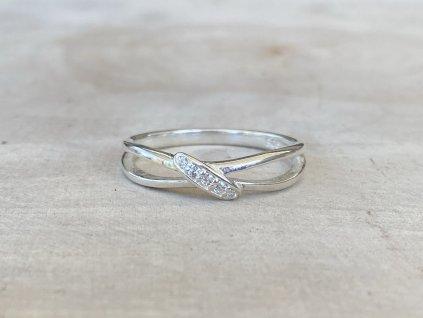 Stříbrný prstýnek Cross se Zirkony  Ag 925/1000