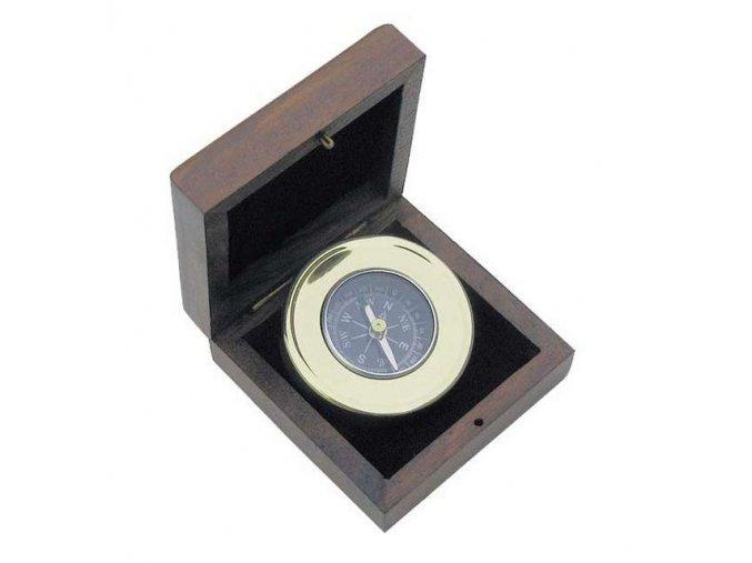 Kompas v dřevěné krabičce