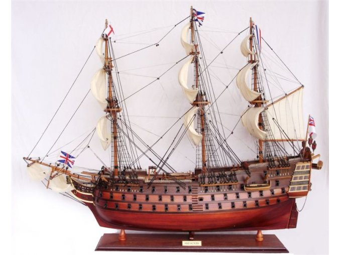 HMS VICTORY OLD 80cm (1)