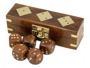 Hrací kostky v krabičce