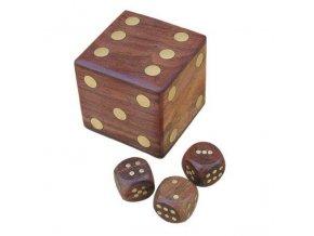 Box s hracími kostkami