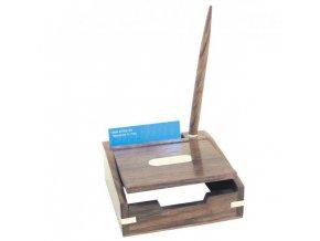 Box s dřevěným kuličkovým perem