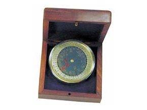 Kalendář v dřevěné krabičce