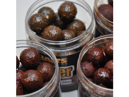 Dipované boilies Mikbaits Gangster 250ml