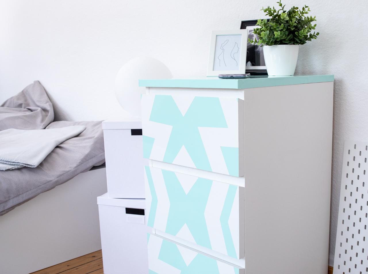 Nábytek z Ikei má každý? Každý nemá originální!