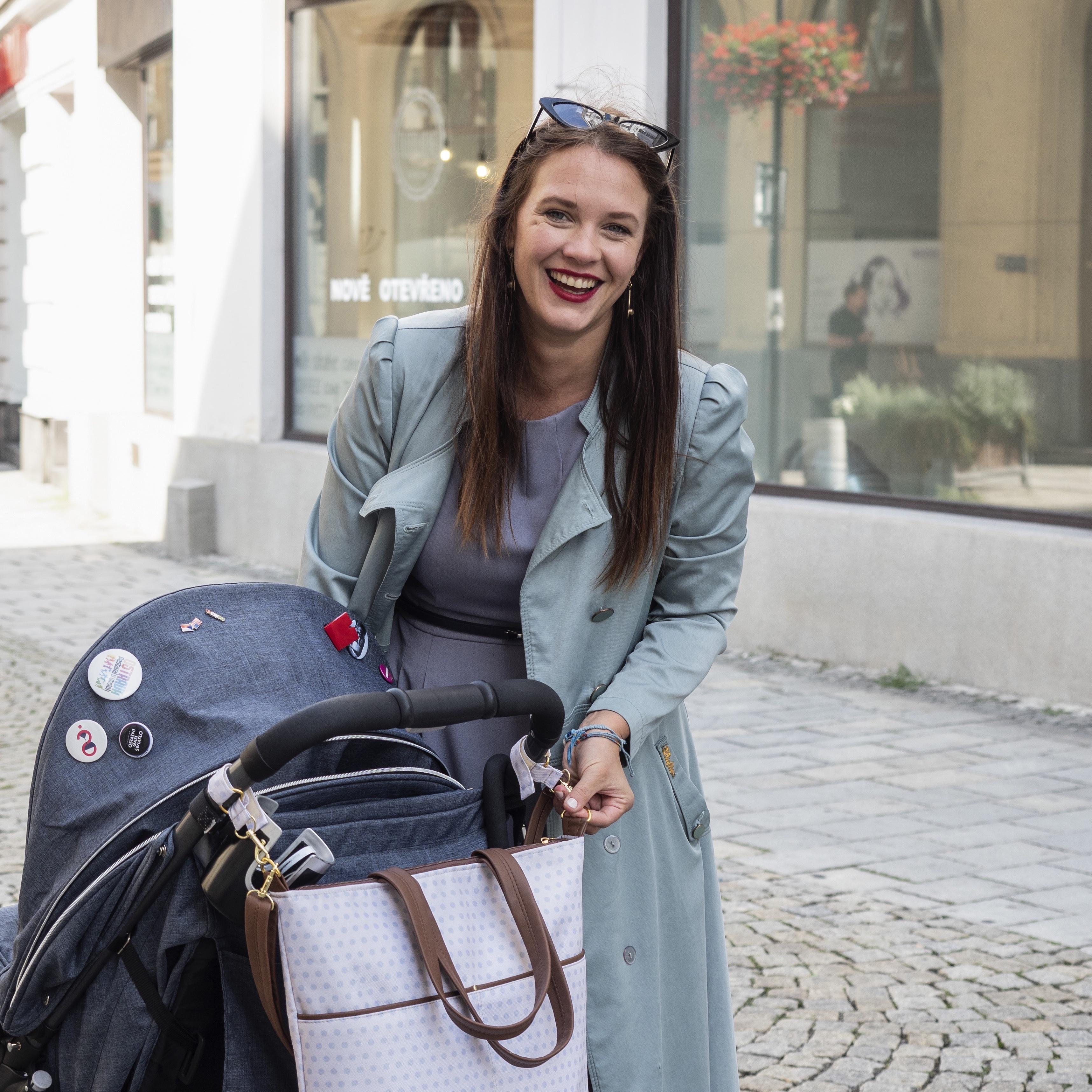 """Tip Kristýny Leichtové: Občas řeknu partnerovi """"Tady máš dítě, hlídej."""" a já si jdu dát vanu."""