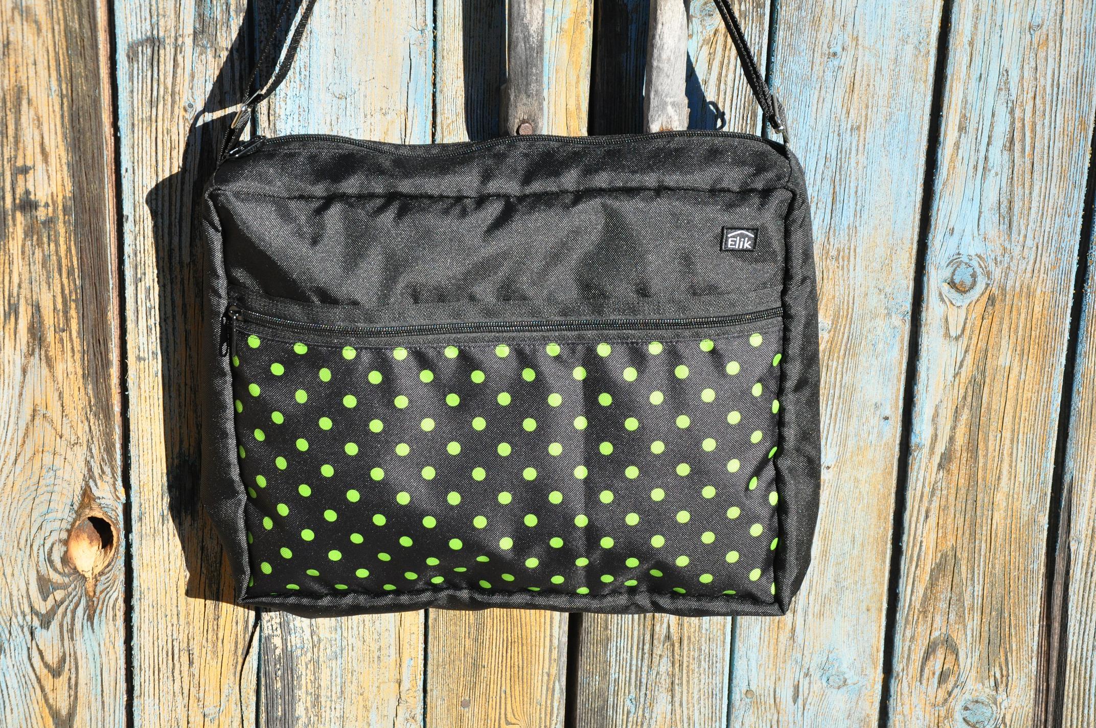 Taška na kočárek Barva: Zelené puntíky