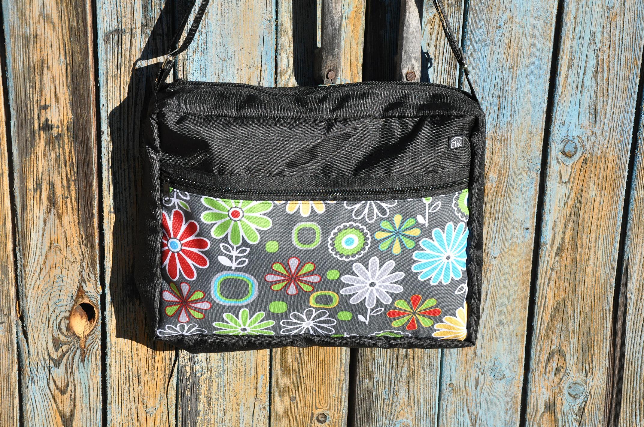 Taška na kočárek Barva: Barevné kytky