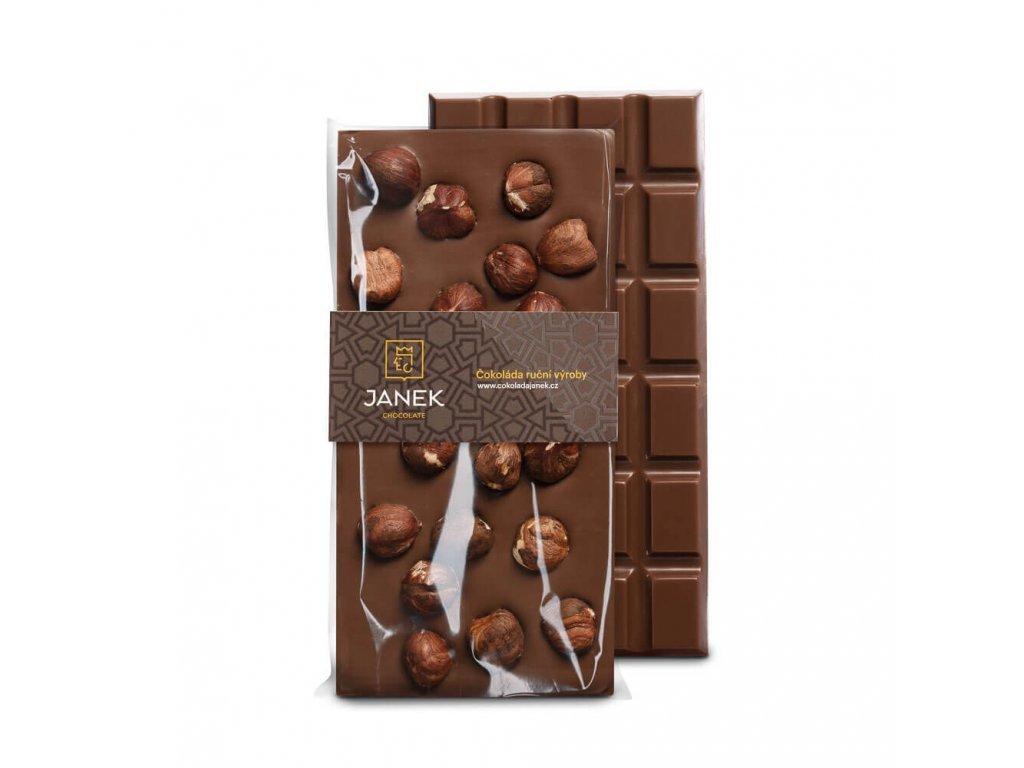 218 tabulka mlecne cokolady s liskovymi orechy cokoladovna janek jpg