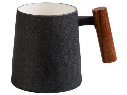 Debra - porcelánový hrnek s dřevěným uchem 0,32 l, černý