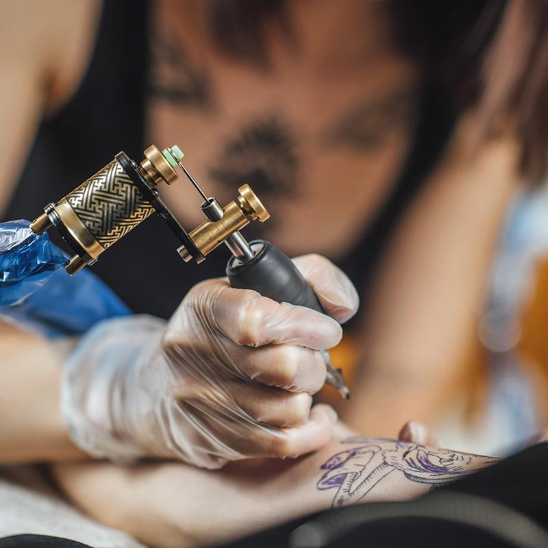 Zkušenosti s tetovacími strojky od Ríše z Xtattoo