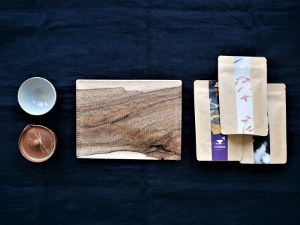 Beginners tea set handcarved wooden tray shiboridashi tea bowl and 3 samples of specialty tea from small growers gift tea set 1