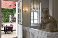 Pachtův Palác si oblíbil nábytkový set Daylight, lehátkový set a doplňky z eshopu Teak-Shop.cz