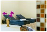 Zámecký hotel Liblice doporučuje zahradní nábytek Nünning a zejména pak polohovací lehátka