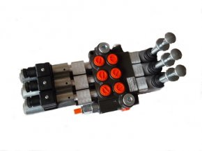 Hydraulický rozvaděč elektricky a mechanicky ovládaný 3/50 12VDC