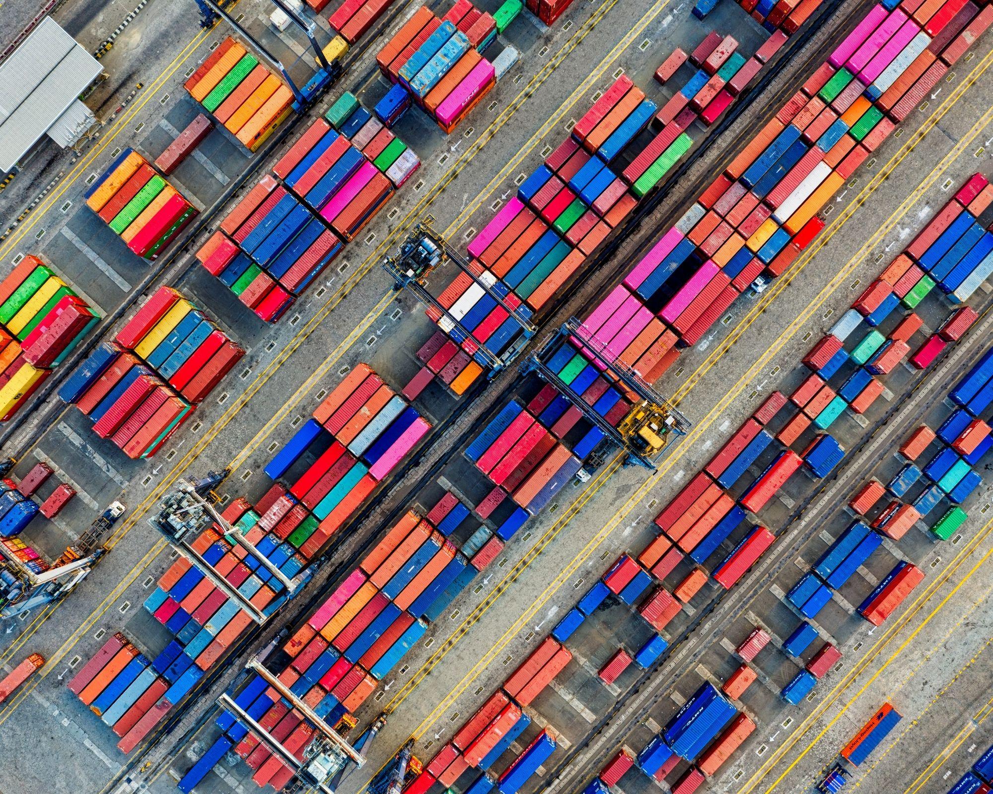 Vigyázzon a kínai gyártmányú számok szerinti kifestők viszonteladóval!