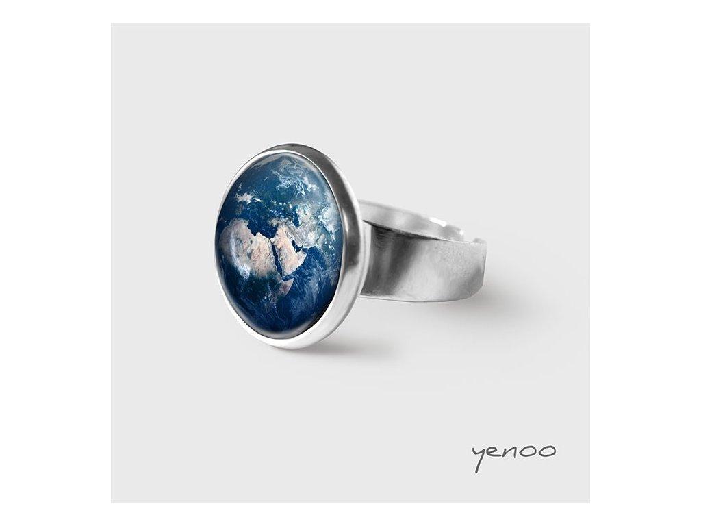 Země - Prstýnek s grafickým designem