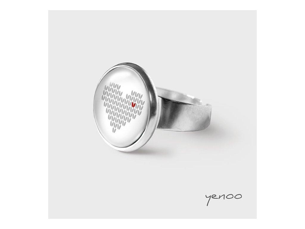 Pletené srdce - Prstýnek s grafickým designem
